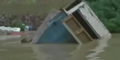 Hunderttausende fliehen vor Taifun Fitow
