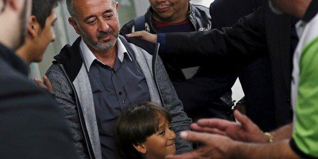 Getretener Flüchtling bekommt Job als Trainer