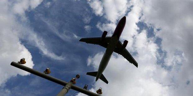 Bombendrohung gegen Condor-Jet