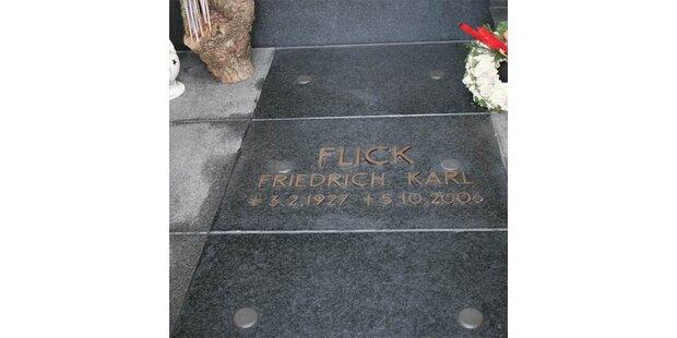 Flick-Sarg wird zum Polizei-Skandal