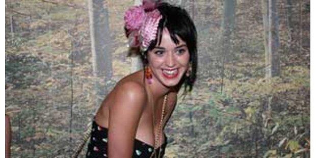 Dreht Katy Perrys Mutter wegen Charthit durch?