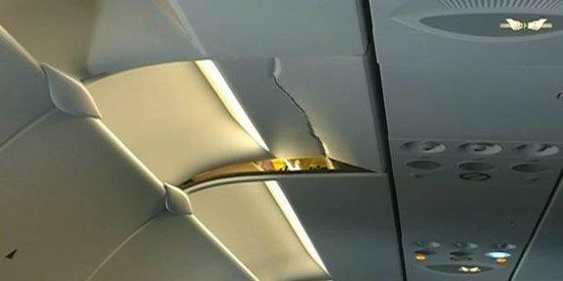 Turbulenzen: Fluggast kracht gegen Decke