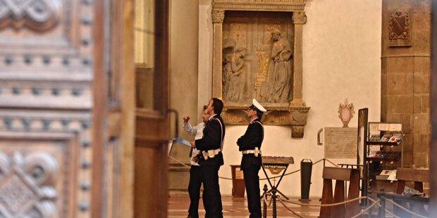 Tourist in Kirche von Stein erschlagen