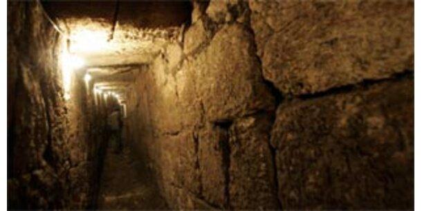 2.000 Jahre alter Fluchttunnel in Jerusalem
