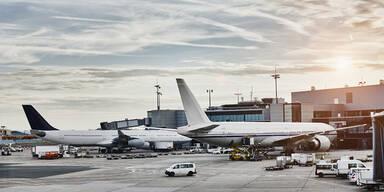 Erste Airline will Impfpflicht für Reisende einführen