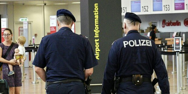 Supermarkt-Einbrecher futterte vor Polizei Kekse