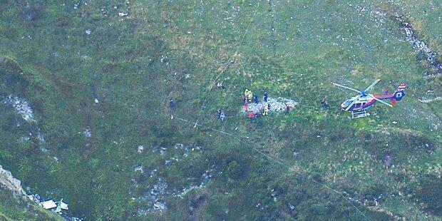 Flugzeug gerät in Bergbahnseil - abgestürzt