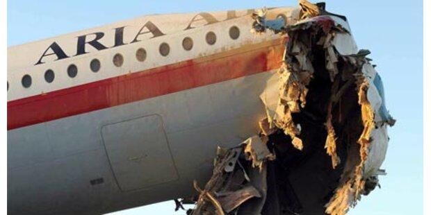 16 Tote bei Flugzeugabsturz in Iran