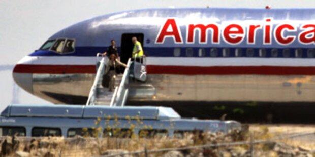 Drohanruf: Flugzeug vor Start evakuiert