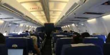 "Mann verließ Flugzeug wegen ""zu vieler Araber"""