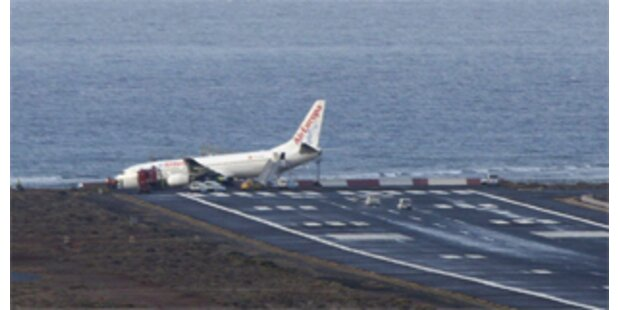 Flugzeug in Lanzarote kam von der Landebahn ab