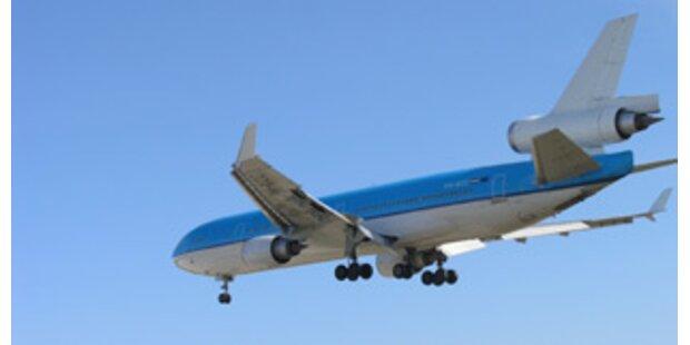 Flugzeug kam bei Notlandung von der Rollbahn ab