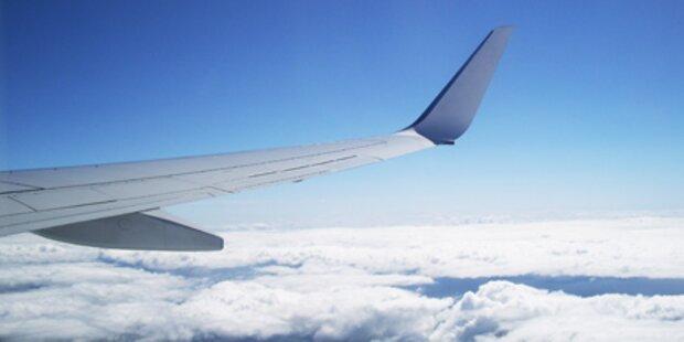 Flugzeug nach Bombenalarm notgelandet