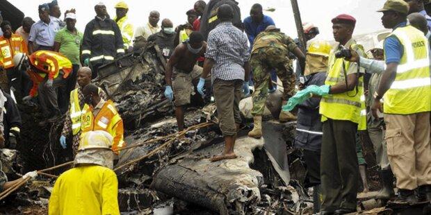 Flugzeugcrash in Lagos - 13 Tote