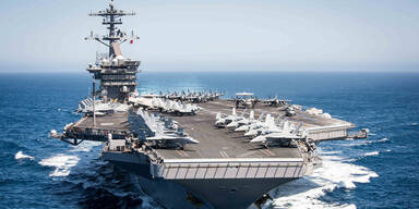Kommandant von US-Flugzeugträger schlägt wegen Coronavirus Alarm