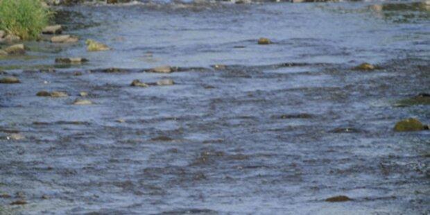 Angler rettet Dreijährigen aus Fluss