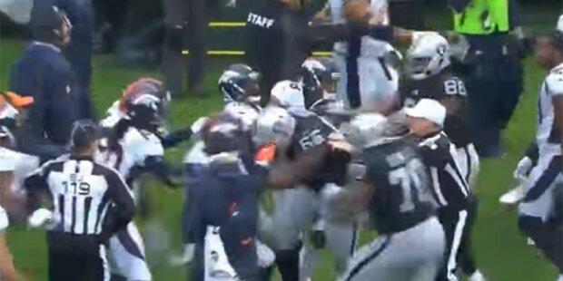 NFL: Erzfeinde lösen Massenschlägerei aus