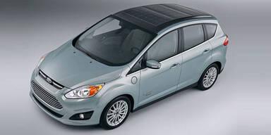 Ford C-Max Hybrid mit großem Solar-Dach