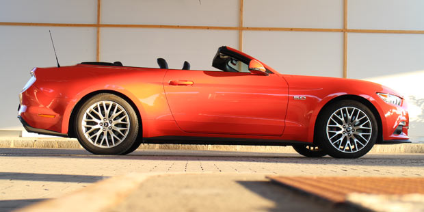 ford_mustang_cabrio_test_1.jpg