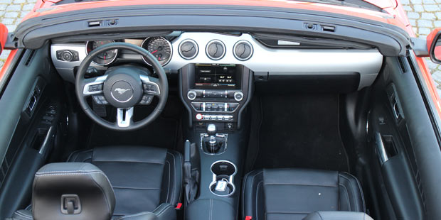 ford_mustang_cabrio_test_2.jpg