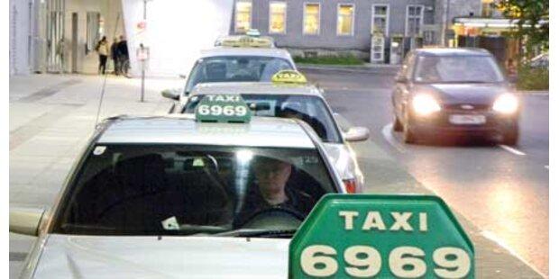 Betrunkener urinierte in Taxi