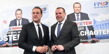 """FPÖ plakatiert bei EU-Wahl gegen """"Asyl-Chaoten"""""""