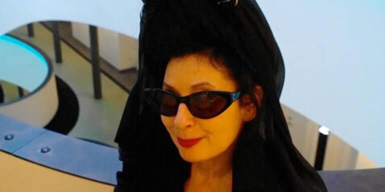 frame[o]ut fashion: Eröffnung mit Diane Pernet