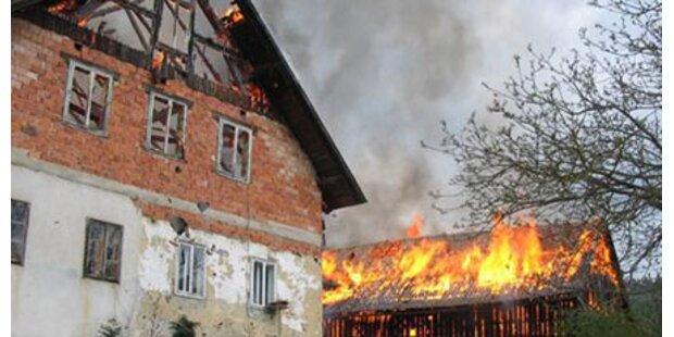 Brand: Dorf hilft der Familie