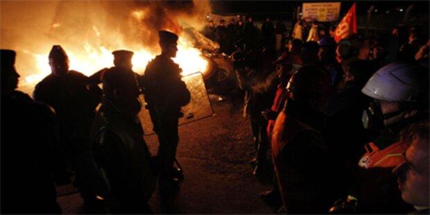 Polizei löst Treibstoff-Blockaden