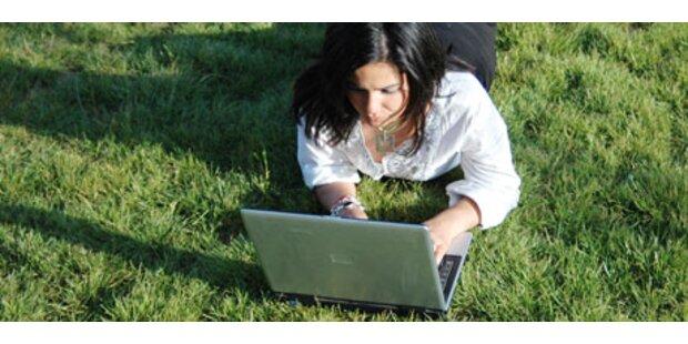 Österreicher planen Urlaub im Internet