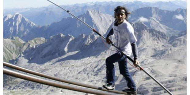 Hochseilartist balancierte zur Zugspitze