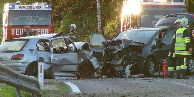 13 Verkehrstote am Pfingstwochenende