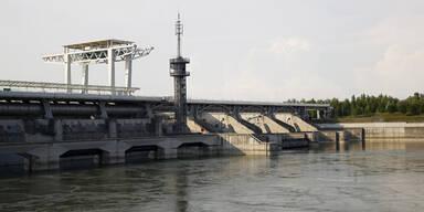 Vermisste Frau tot in der Donau gefunden
