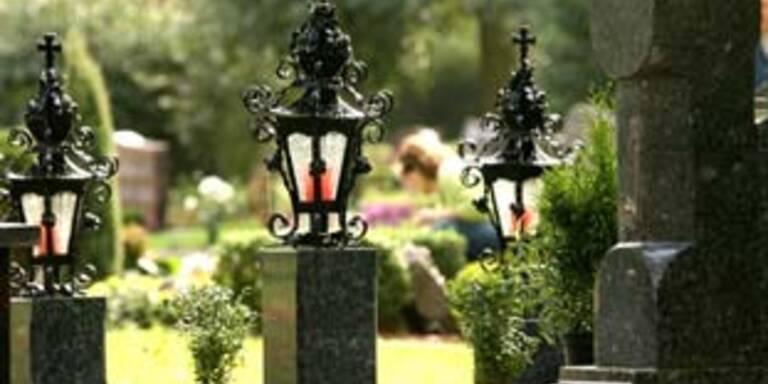 Kinder verwüsteten 25 Gräber auf Tiroler Friedhof