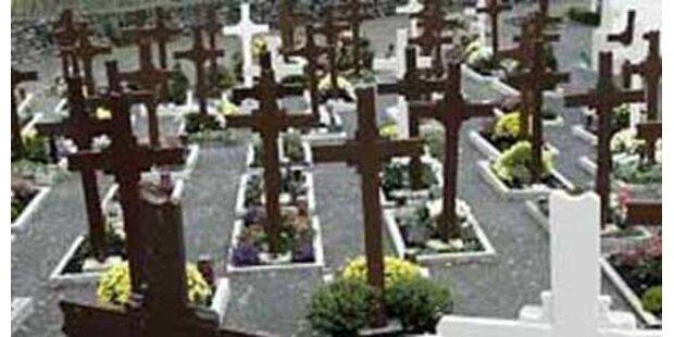 Messerstecherei am Friedhof