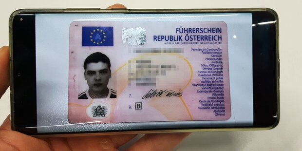 Führerschein & Personalausweis am Handy