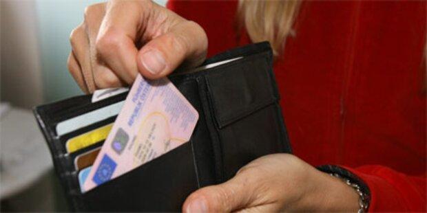 Acht Mal ohne Führerschein ertappt