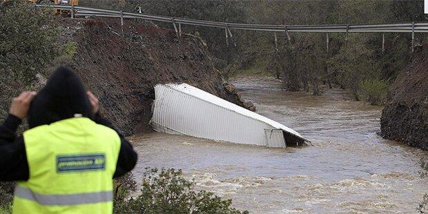 Zwei Tote bei Einsturz einer Brücke