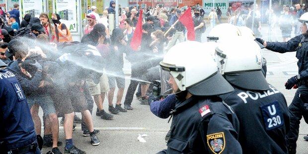 Polizei verteidigt Pfefferspray