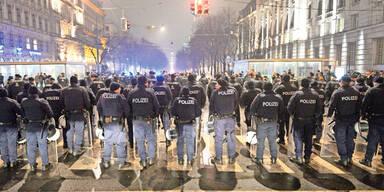3.000 Polizisten stehen im Mega-Einsatz