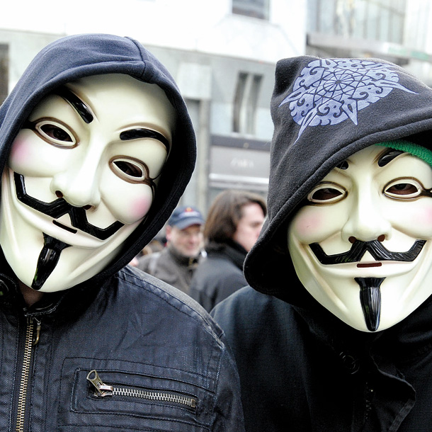 1. April: Anonymous foppt die Nation: