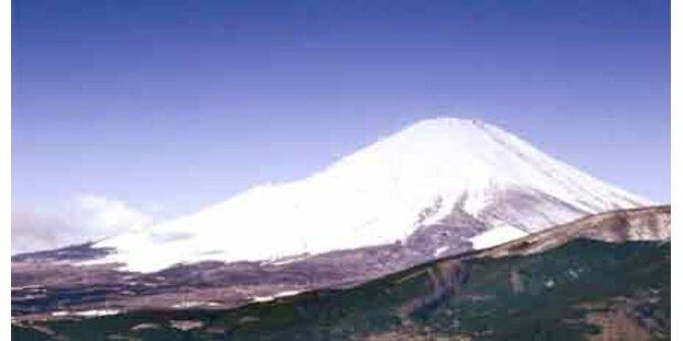 Zwei Bergsteiger am Fuji erfroren