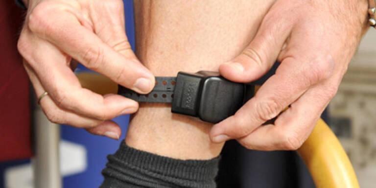 Elektronische Fußfessel 227 Mal genehmigt