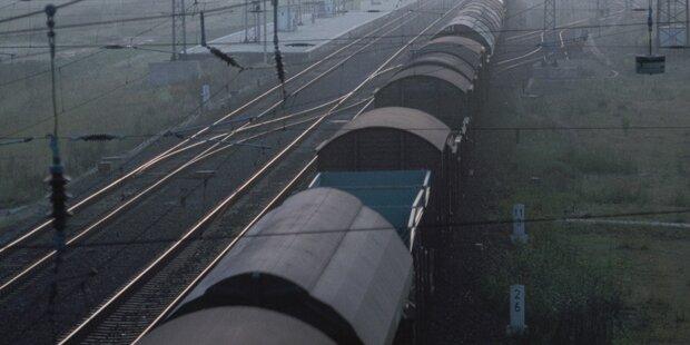 Sechs Flüchtlinge auf Güterzug aufgegriffen