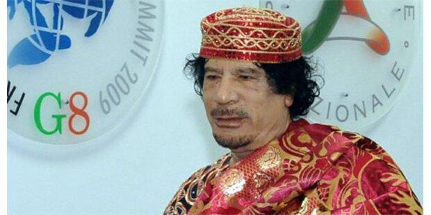 Gaddafi spazierte auf der Autobahn