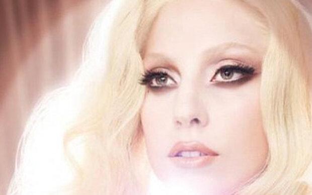 Gaga designt Lippenstifte für MAC
