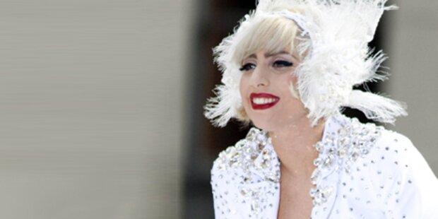 Lady Gaga: 30 Trucks und 13 Busse