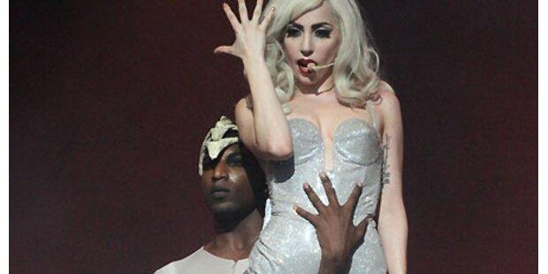Gaga: Nackt – und bald in Österreich