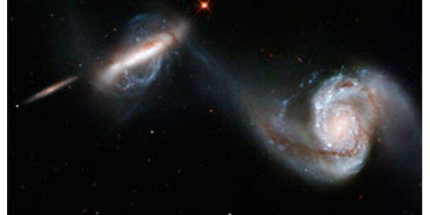 Hubble zeigt anmutigen Sternentanz