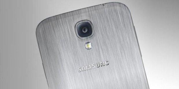 Foto zeigt Galaxy S5 mit Metallgehäuse